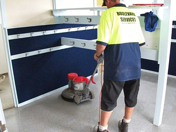 boulevard-services-vinyl-floor-stripping-and-resealing-gallery-1
